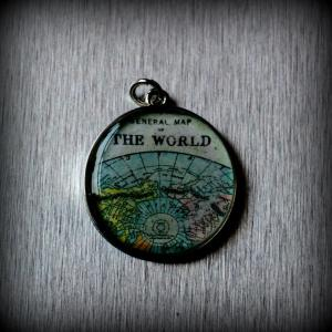 Old map pendant