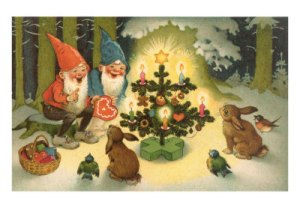 elves-at-christmas-tree