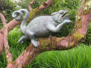 Chameleon (bronze) - Alexander Jones